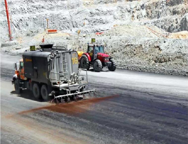 """Jaques Wiertz, R&D Manager de SMI-ICE-Chile: """"Existe gran variedad de productos y tecnologías para el control de polvo en caminos"""""""